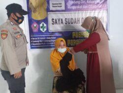Sebanyak 98 Warga di Popayato Barat Jalani Vaksinasi Covid-19